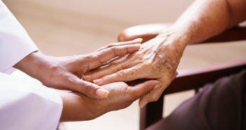 Legge 104, novità 2017 su caregiver e permessi