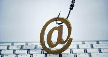 False email in nome del Fisco, occhio a virus e phishing