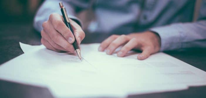 Lettera di licenziamento difforme dalla contestazione disciplinare: vale la reintegra
