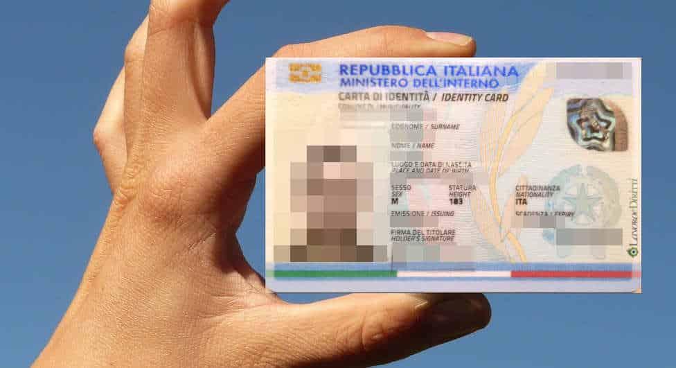 Carta d\'Identità elettronica: dal 2019 si potrà fare anche ...