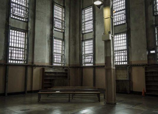 INPS, sgravi per assunzioni di detenuti o internati: come fare domanda